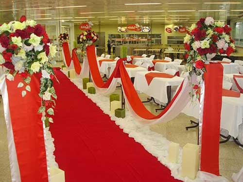 30 DICAS de Decoraç u00e3o de Casamento na Igreja + Fotos -> Decoracao De Tnt Casamento