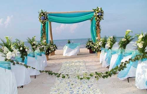 wedding decorations for beach wedding casamento simples na praia planejamento e decora 231 227 o 9103