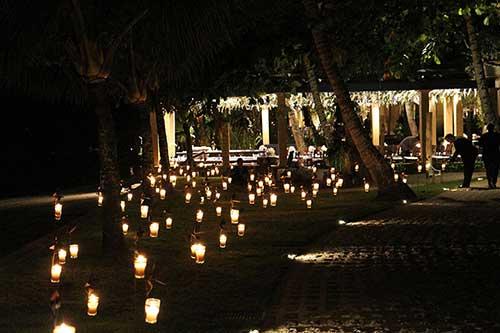 Decoraç u00e3o de Casamento ao Ar Livreà Noite com Luzes! -> Decoração Para Festa De Casamento Em Sitio A Noite