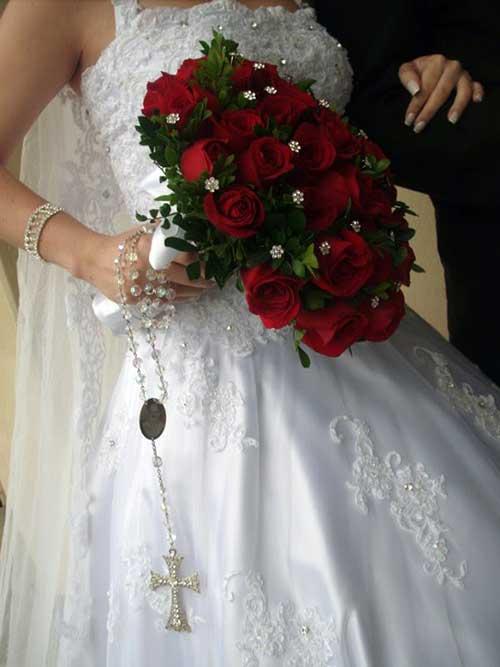 buquê vermelho de noiva