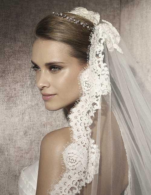com véu de noiva