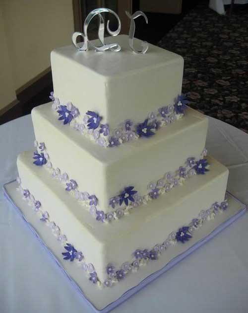 imagens de bolos quadrados