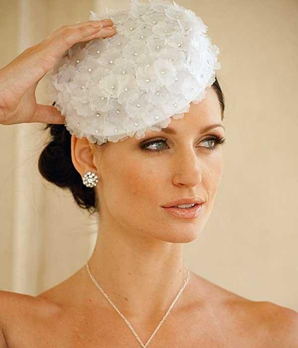 Como escolher o chapéu para noiva?