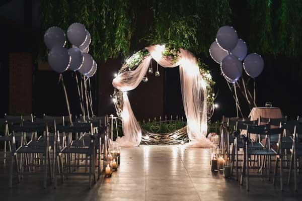 como decorar casamento com bexigas